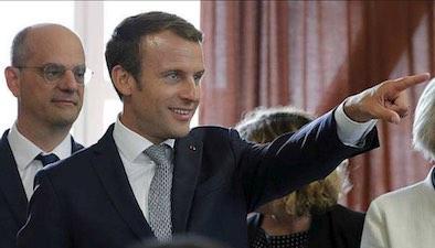 TT154 Blanquer Macron